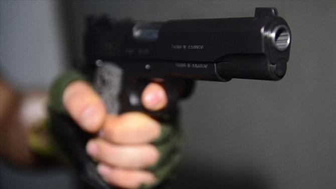 Manisa'da silahlı ve bıçaklı kavga: 2 yaralı