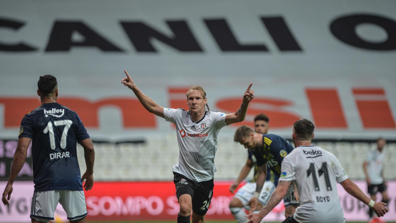 İç sahada Beşiktaş, dış sahada Fenerbahçe!