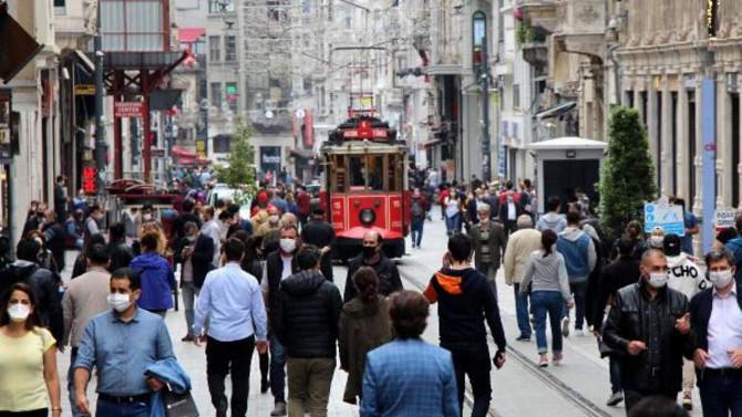 Bilim Kurulu Üyesi açıkladı: ''İstanbul'da üçüncü dalga başladı!''