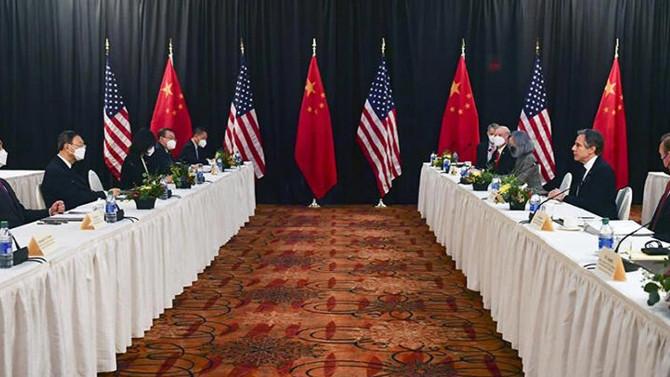 ABD ve Çin heyeti arasında hararetli tartışma