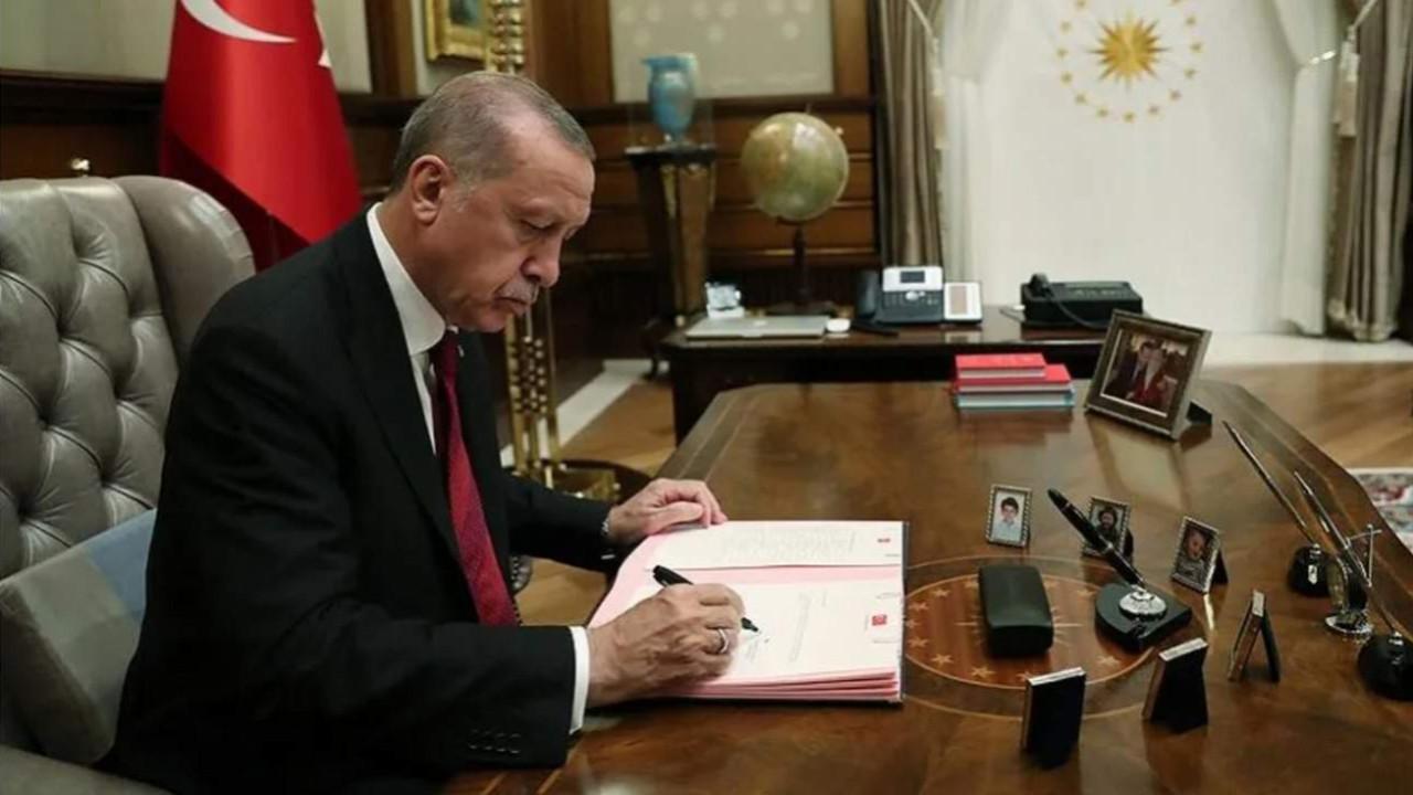 Erdoğan'dan gece yarısı atamaları! Büyükelçiler, kaymakamlar değişti!