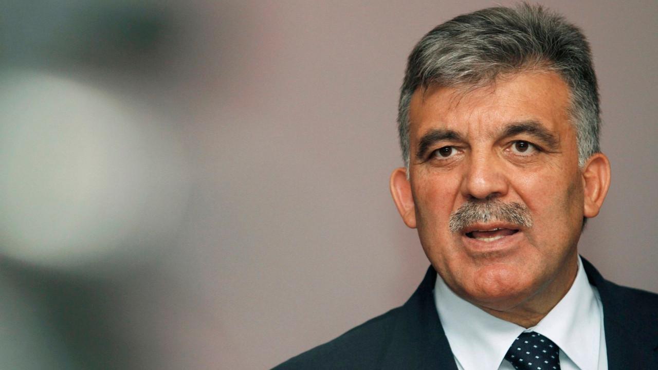 Abdullah Gül'den Cumhurbaşkanı Erdoğan'a itiraz