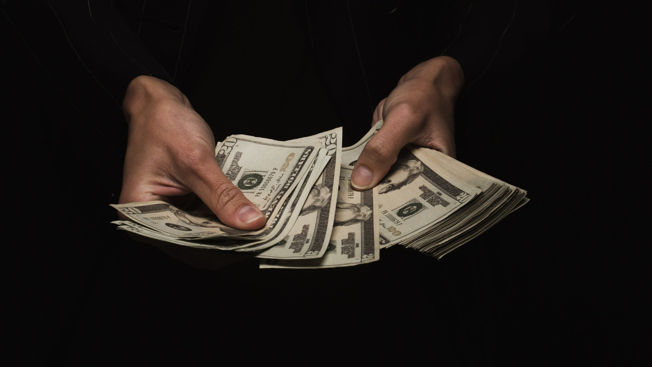 9 lirayı aşan dolar için ''21 Ekim'' uyarısı