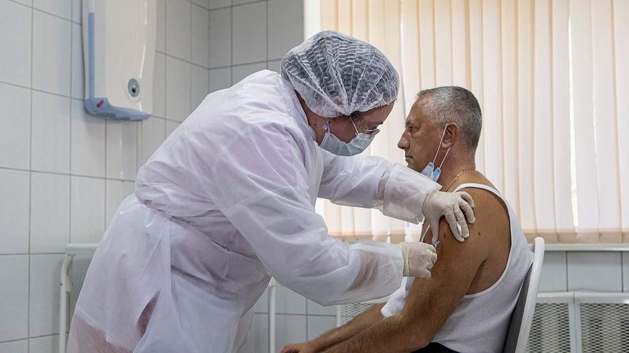 İki koronavirüs aşısına daha onay