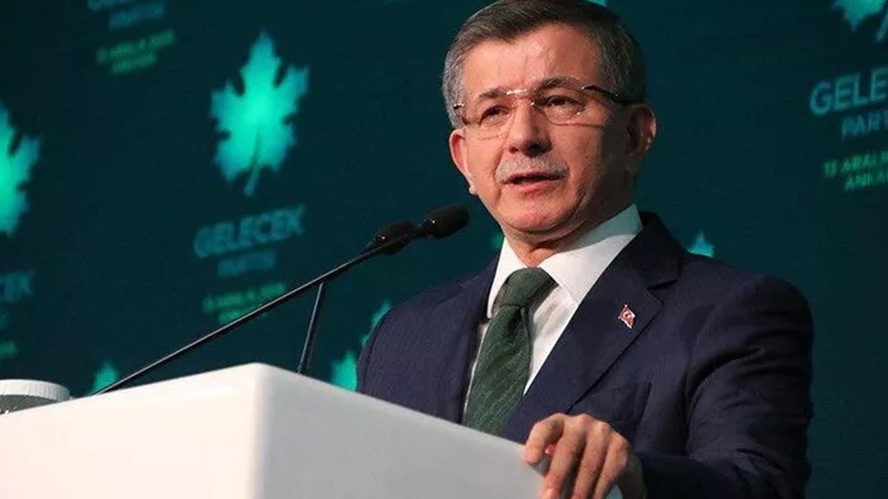Davutoğlu'ndan AK Parti Kongresindeki görüntülere sert tepki