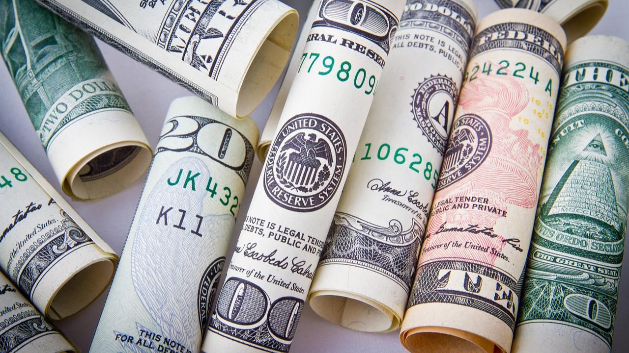 Dolar, euro ve altın fiyatları zirveye koşuyor