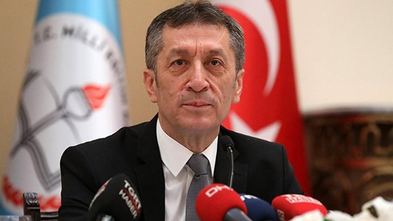 Milli Eğitim Bakanı Selçuk aileleri uyardı