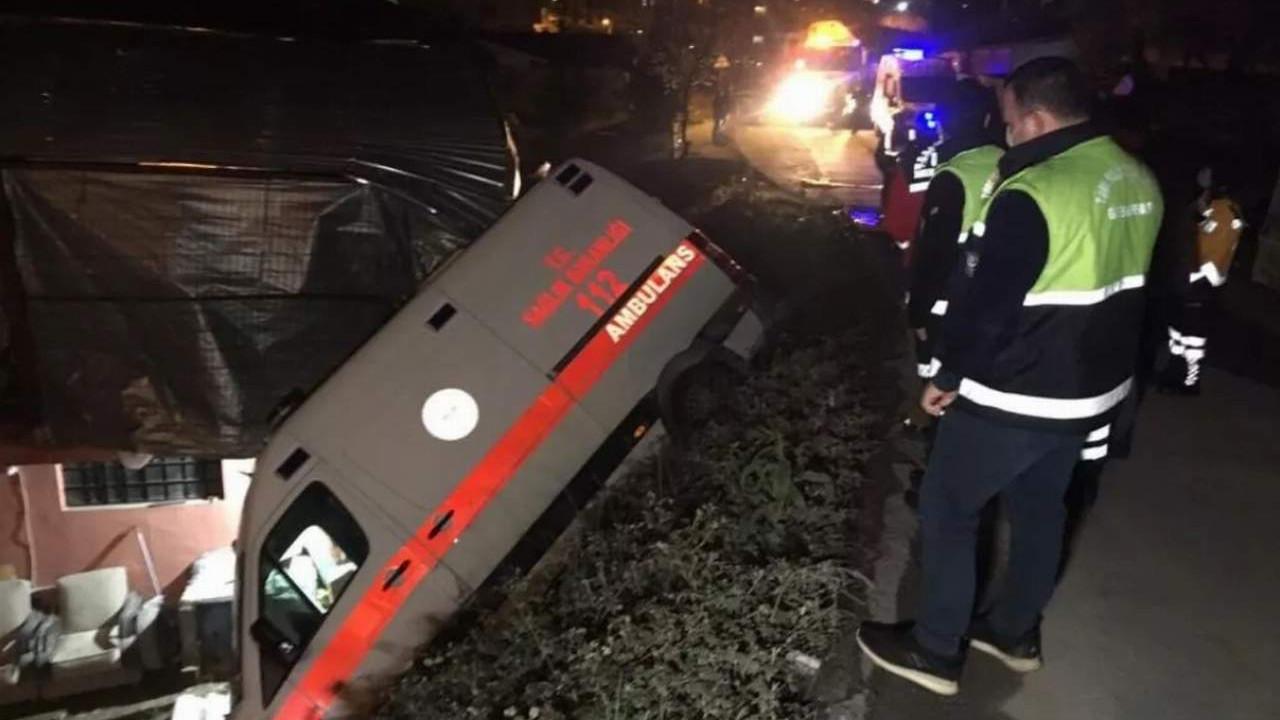 Ambulanstaki hastanın hayatını vatandaşlar kurtardı