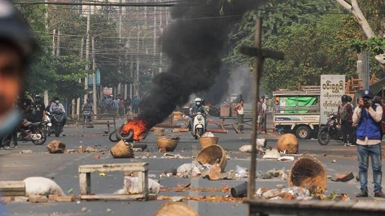 Myanamar'da kanlı gün: 56 kişi daha öldürüldü!