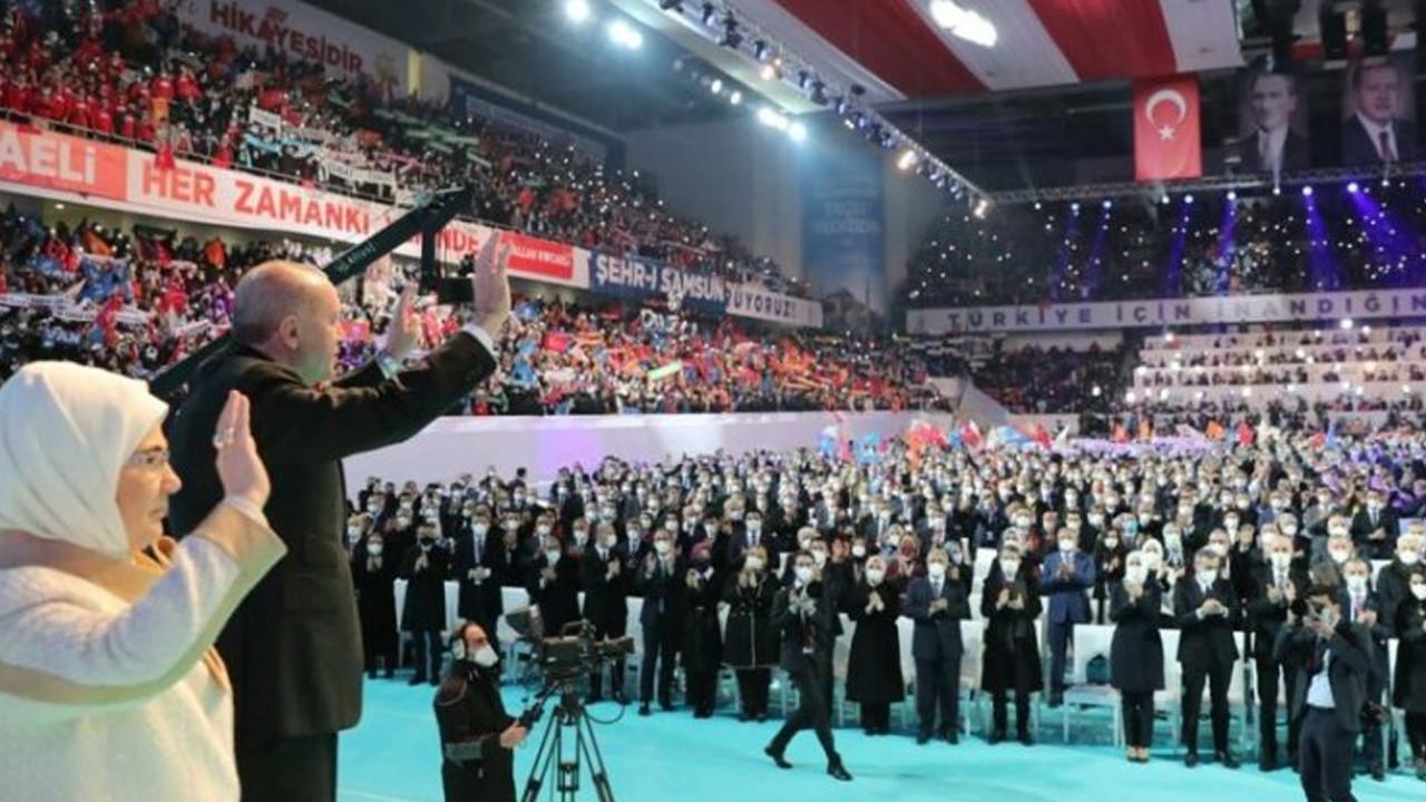 Tepki çeken AK Parti kongresinde kaç kişi vardı?
