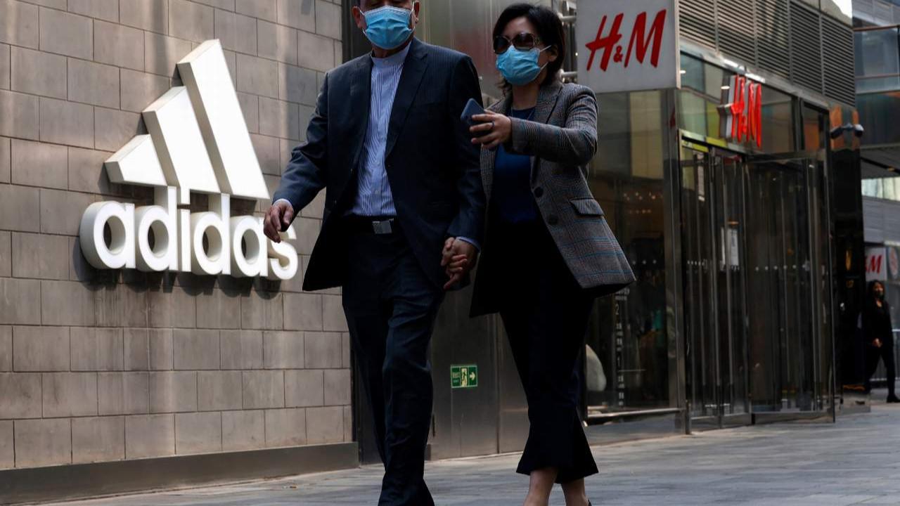 Çin'den Adidas'a, Nike'a ve H&M'ye tehdit yağmuru