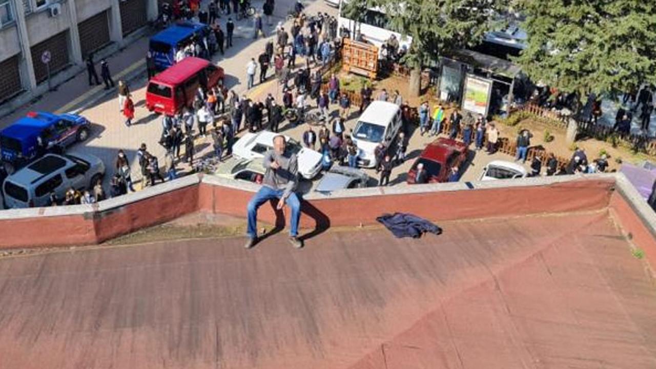 Belediye başkanı intihar girişimini böyle engelledi!