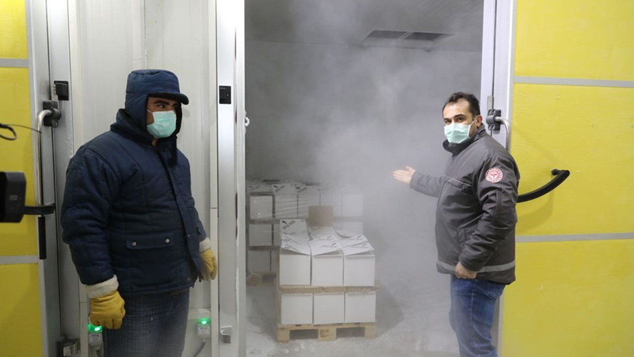 2.8 milyon doz BioNTech aşısı Türkiye'de! İşte ilk görüntüler