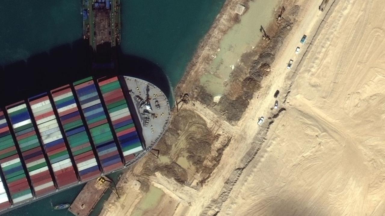 Süveyş Kanalı'ndaki gemi krizi hammadde fiyatlarını uçurdu!