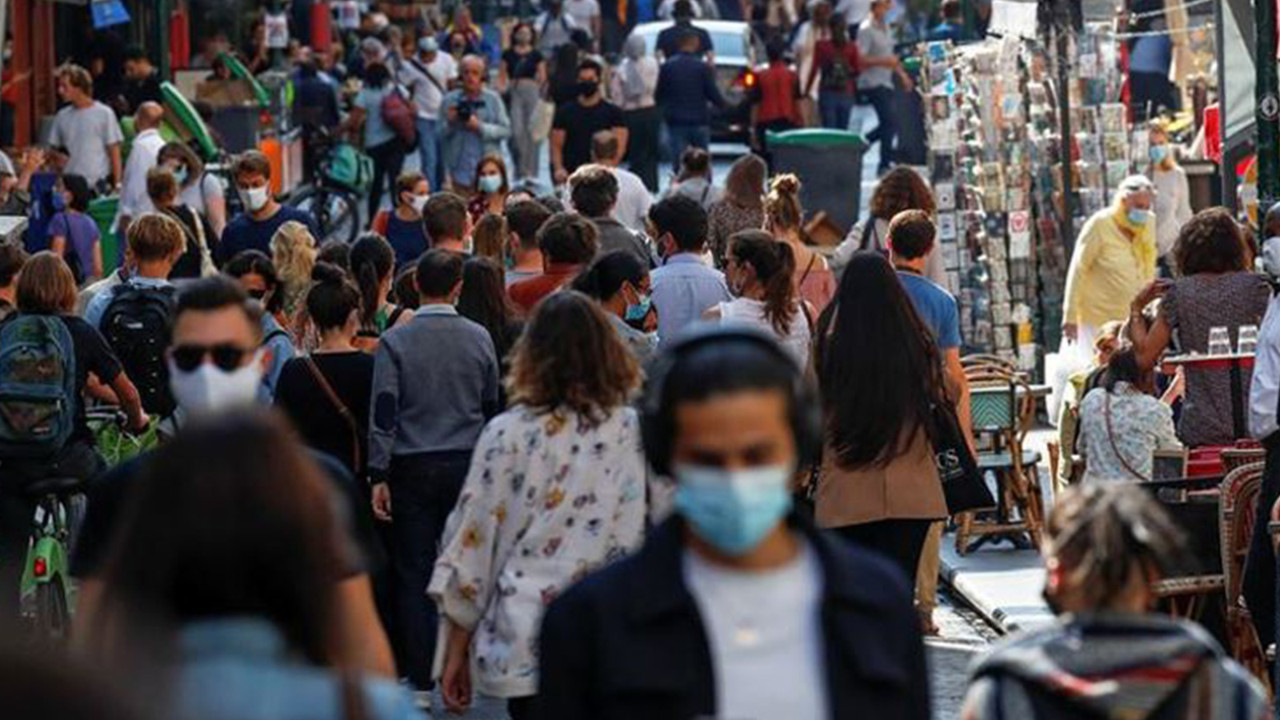 İstanbul İl Sağlık Müdürü açıkladı: ''Üçüncü piki yaşıyoruz''