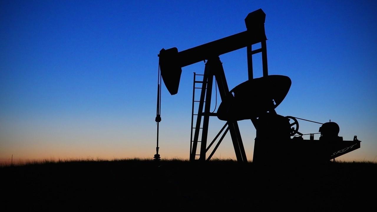 Tüm dengeler değişecek: Araplar petrolden vazgeçiyor