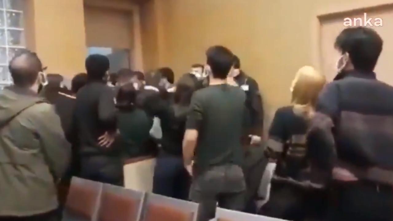 Boğaziçi öğrencilerinin duruşmasında arbede