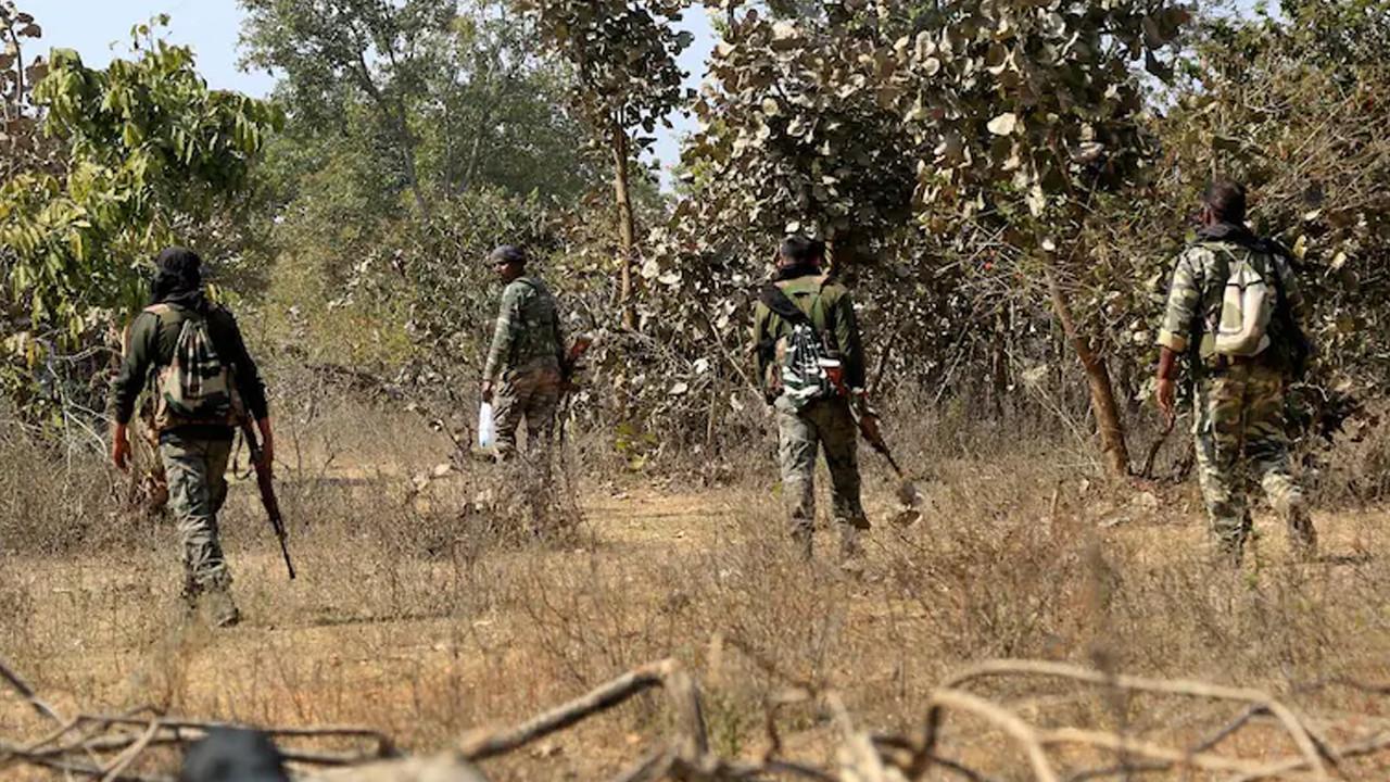 Hindistan'da kanlı çatışma: 22 asker öldü