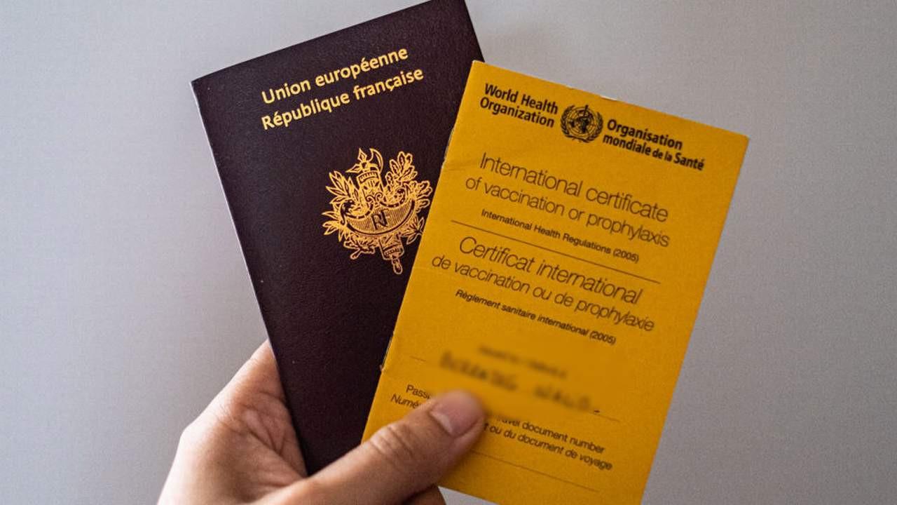 İngiltere, aşı pasaportunu uygulamaya alıyor