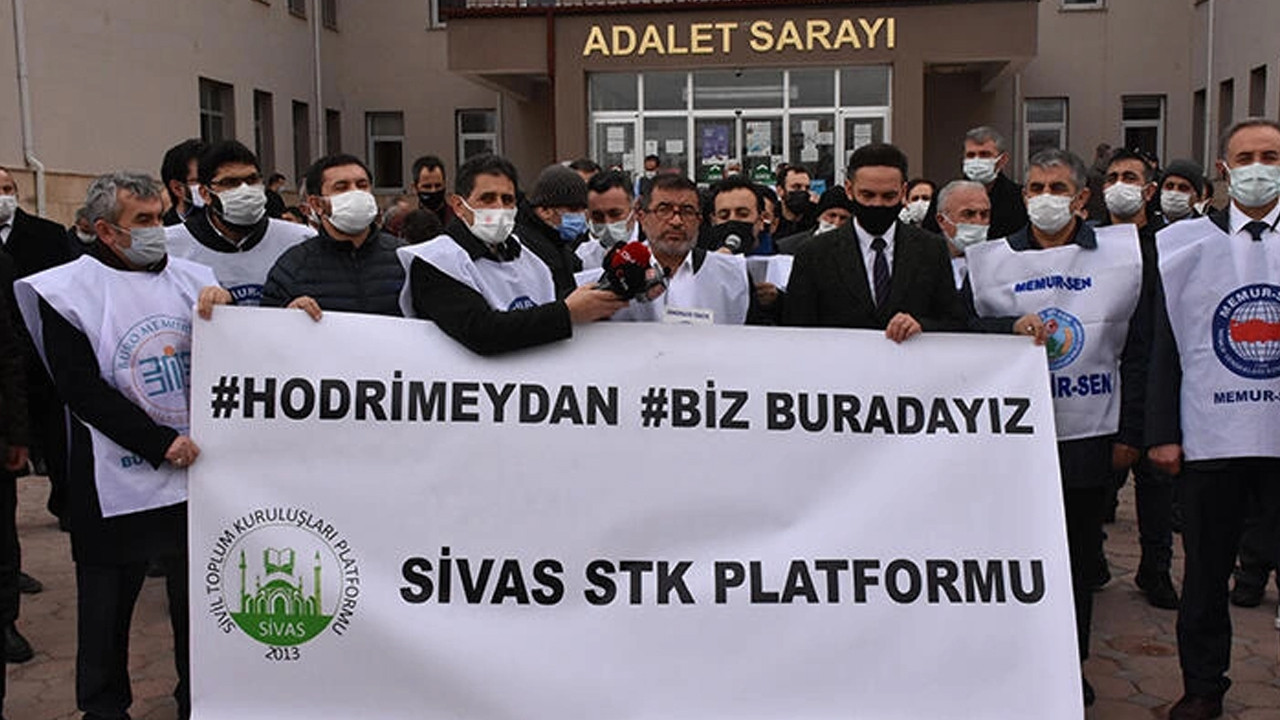 Sivas'ta, STK'lardan 104 amiral hakkında suç duyurusu
