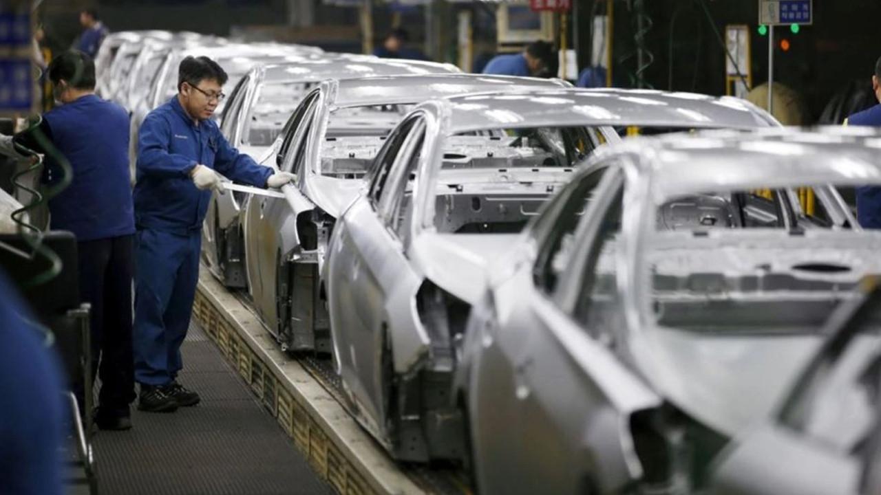 Otomotiv devleri bu modellerin fişini çekti... İşte üretimden kaldırılan modeller