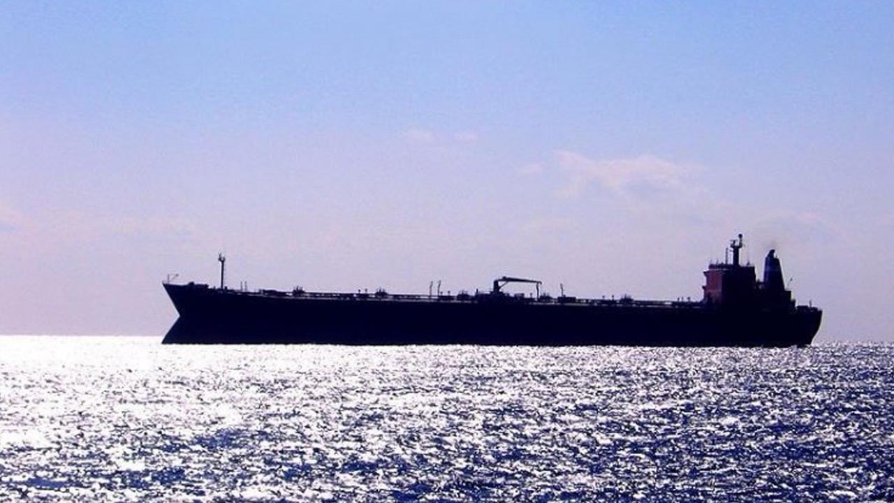 ' İran gemisi saldırıya uğradı' iddiası