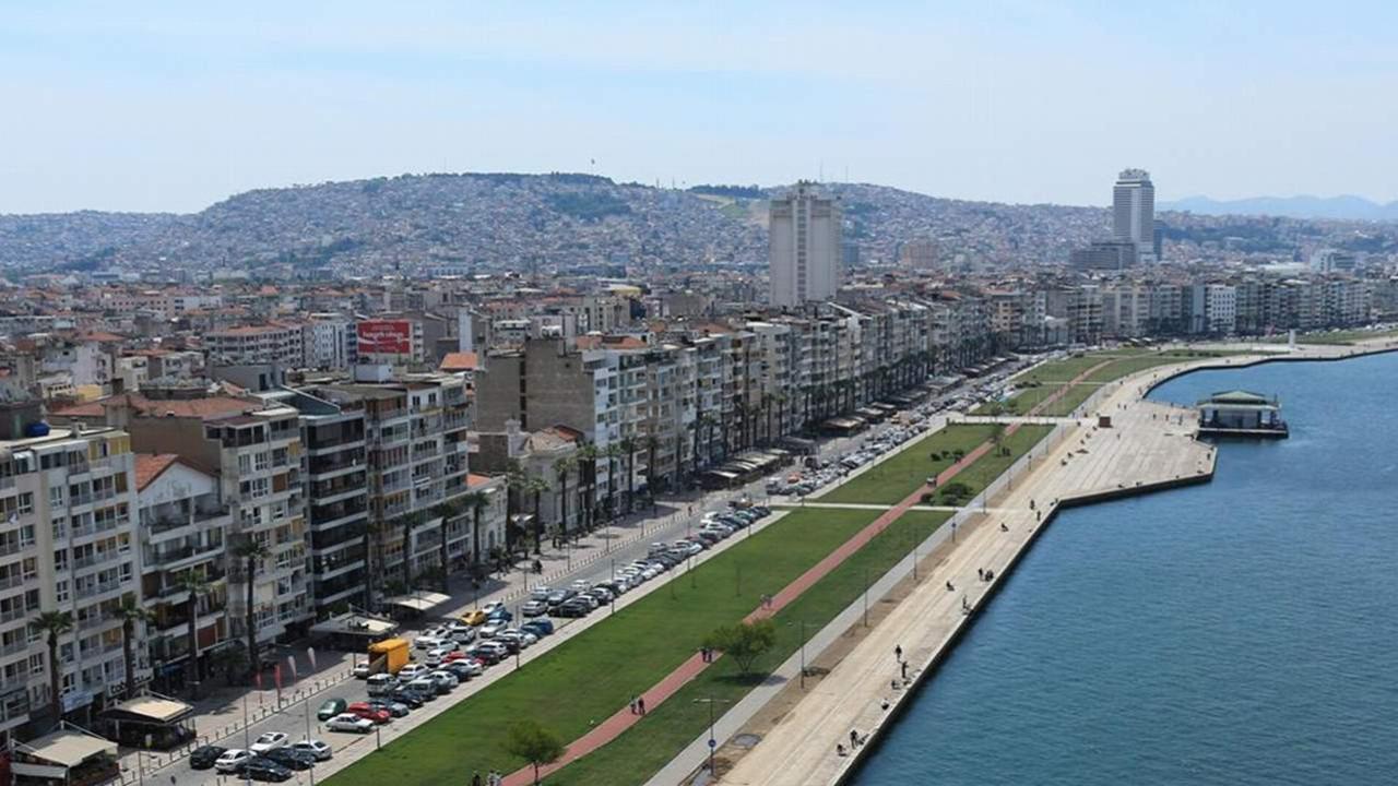 İzmir Büyükşehir Belediyesi 4 haftalık tam kapanma istedi!