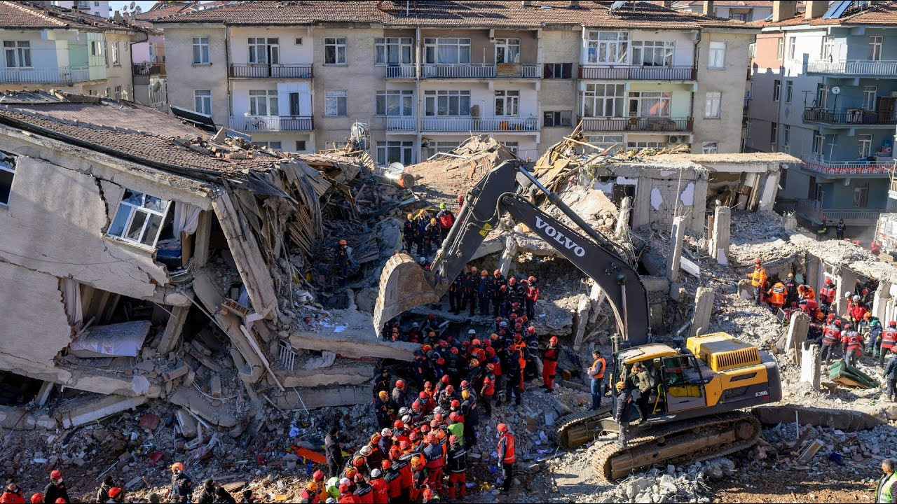 Bakan'dan deprem vergisine ne oldu sorusuna olay yanıt!
