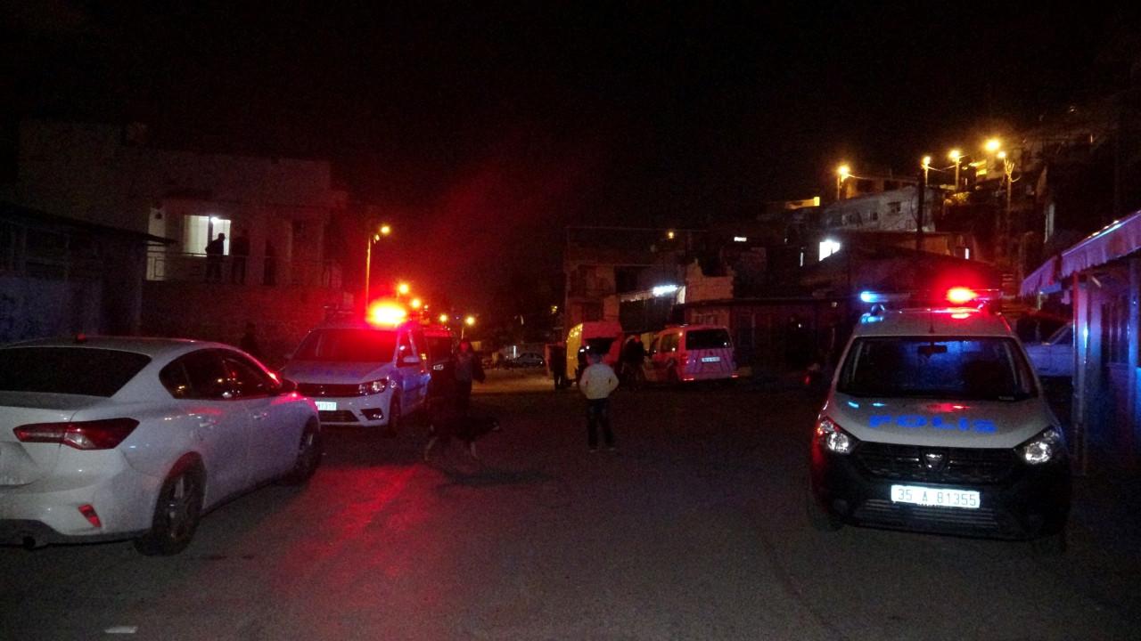 İzmir'de silahlı çatışma! 6 yaralı, 5 gözaltı!