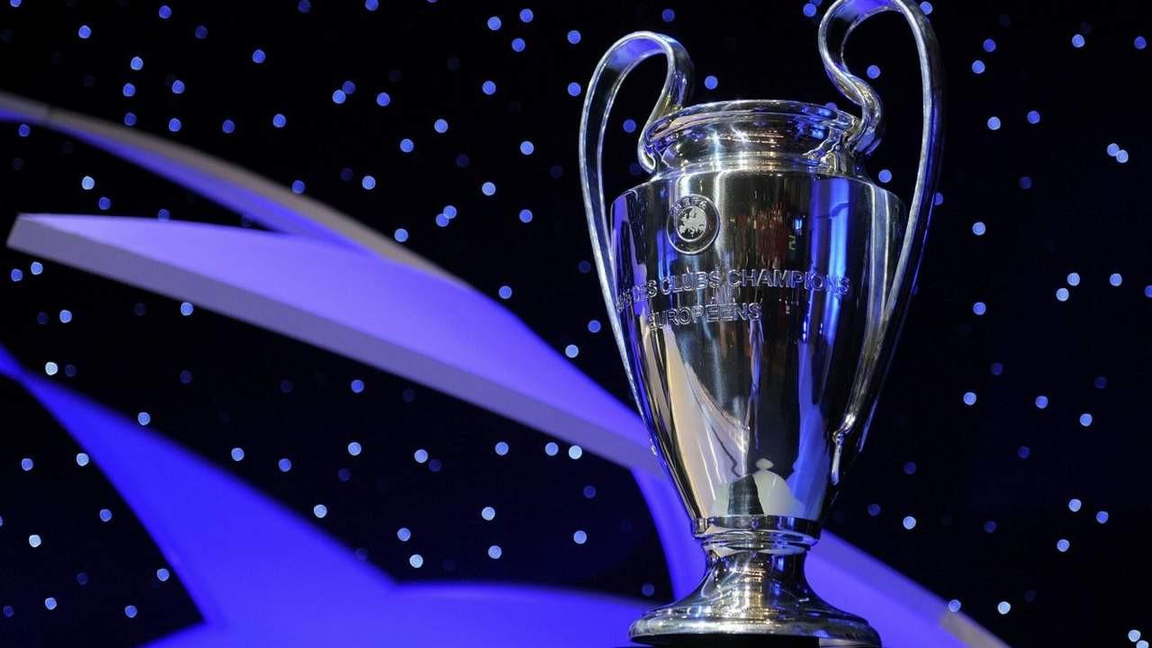 UEFA Şampiyonlar Ligi kupası İstanbul'a geliyor