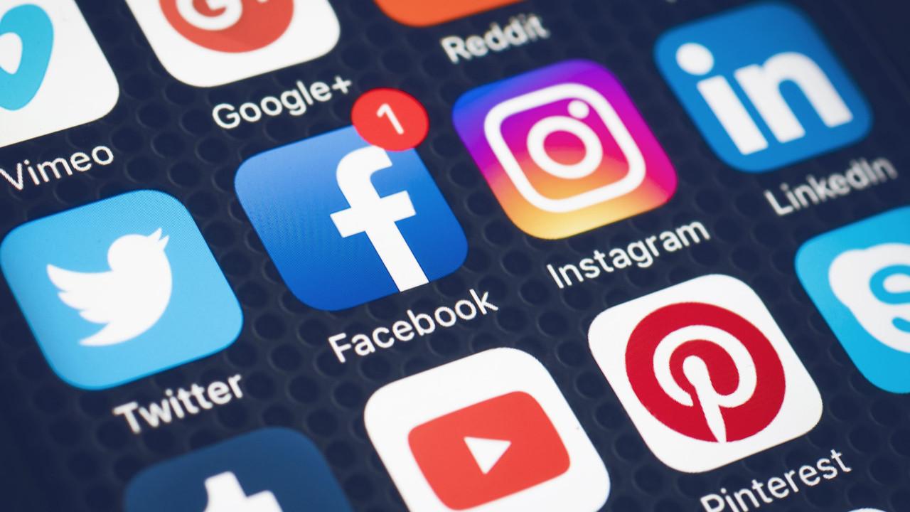 Hangi partinin seçmeni hangi sosyal medyayı daha çok kullanıyor ?