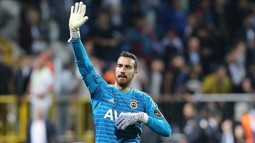 Fenerbahçe 10 futbolcunun bileti kesildi - Resim: 4