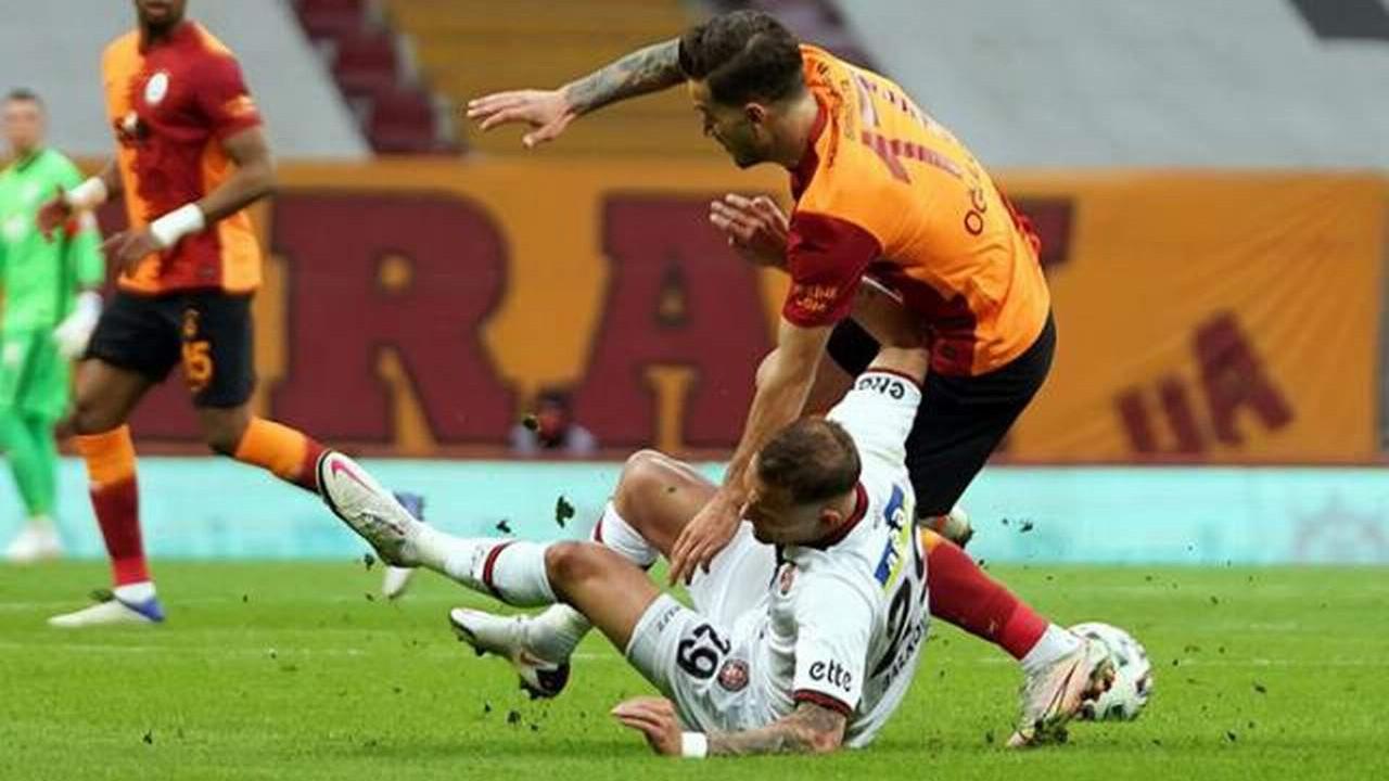 Galatasaray'a şampiyonluk yolunda bir darbe daha
