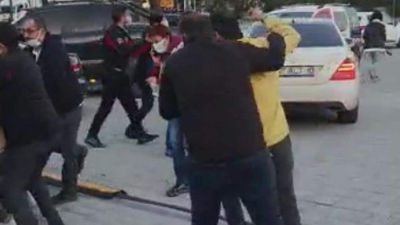 Mustafa Üstündağ'ın silahlı kavgaya karıştığı anlar kamerada