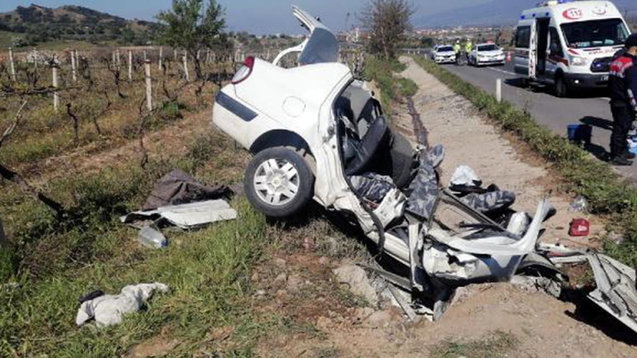 Kan donduran kaza! 3 kişi hayatını kaybetti