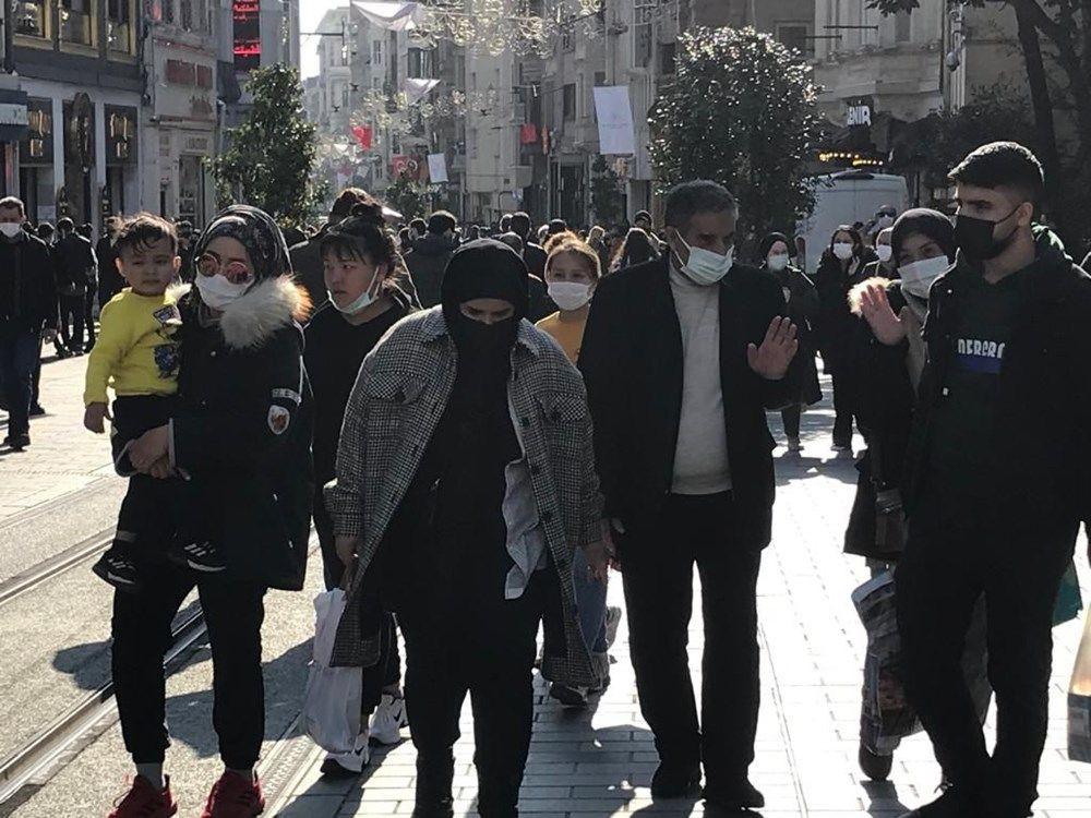 İstiklal Caddesi yine tıklım tıklım! - Resim: 3