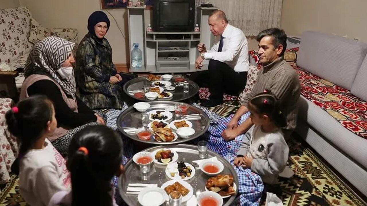 Cumhurbaşkanı Erdoğan bir ailenin evinde iftar yaptı