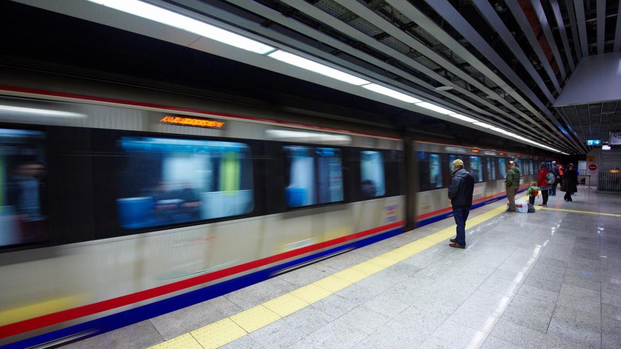 İstanbullular dikkat! Metro seferlerinin saatleri değişti