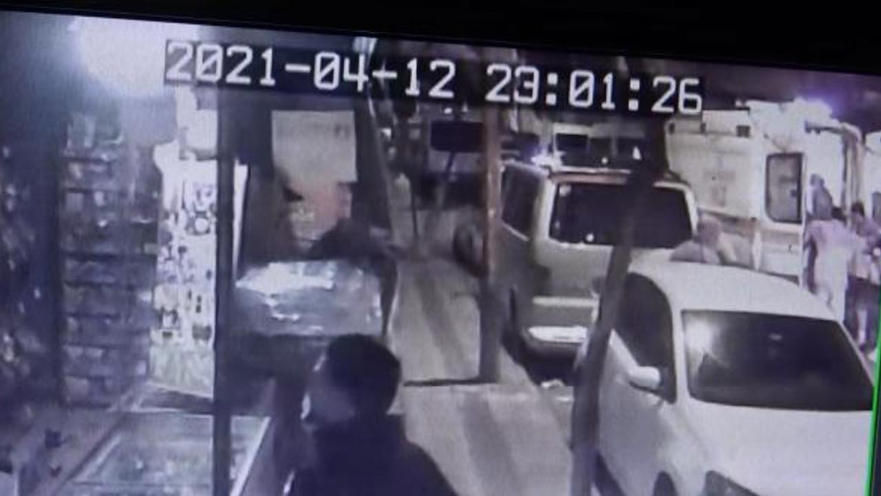 İstanbul'da olaylı gece! Kanlar içinde markete sığındı
