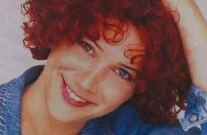 90'lı yılların kızıl saçlı güzeli Janset yıllara meydan okuyor - Resim: 4