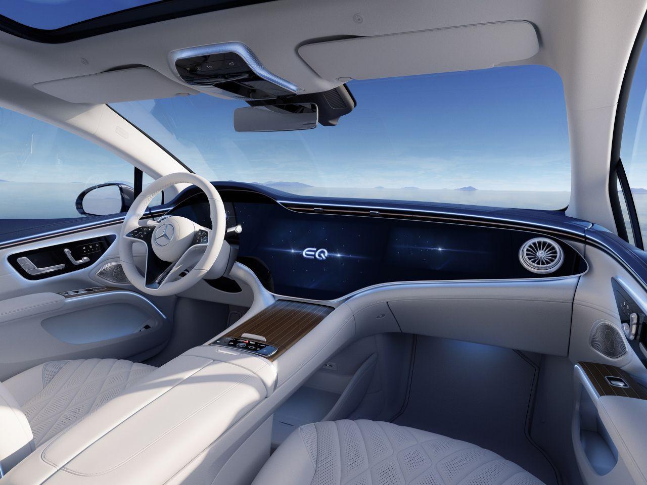 Mercedes'in yeni ''teknolojik'' devrimi: EQS tanıtıldı - Resim: 1