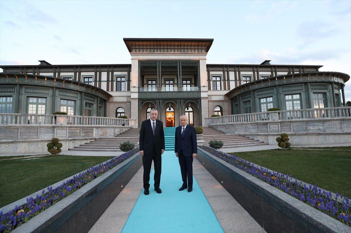 Cumhurbaşkanı Erdoğan ve Bahçeli'den başbaşa iftar - Resim: 3