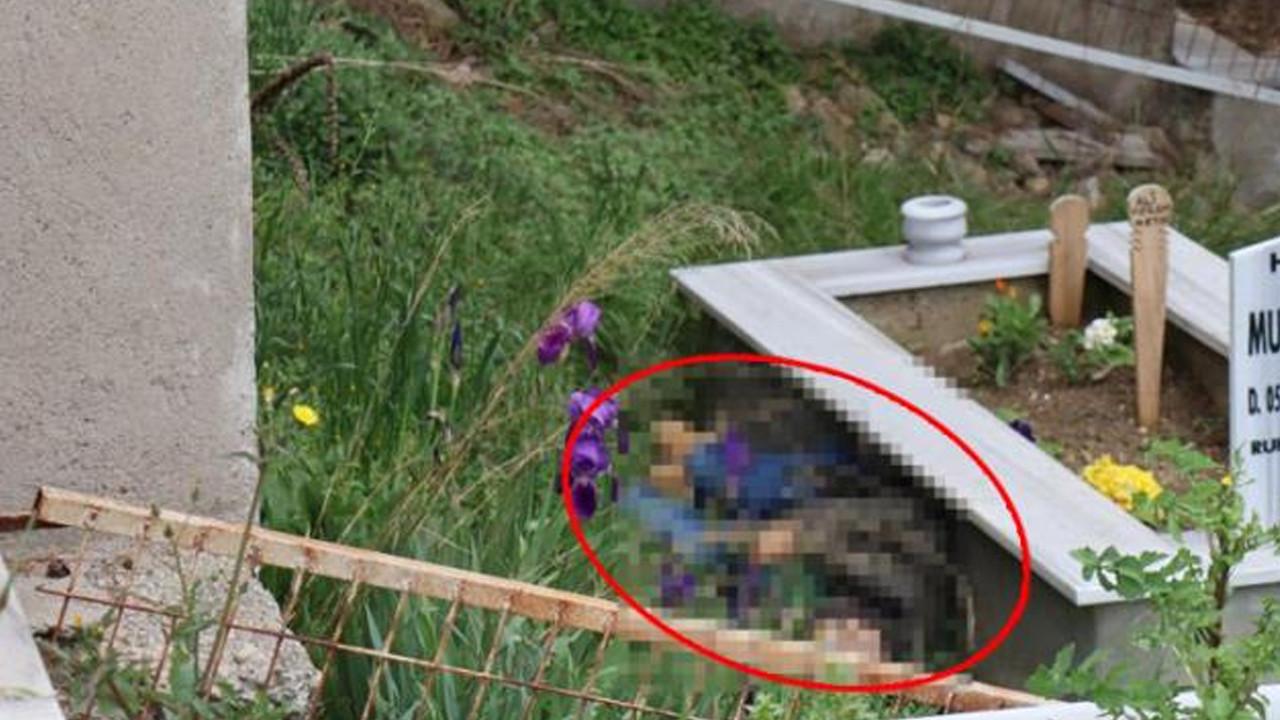 Dua etmek için gittiği mezarlıkta oğlunun cesedini buldu