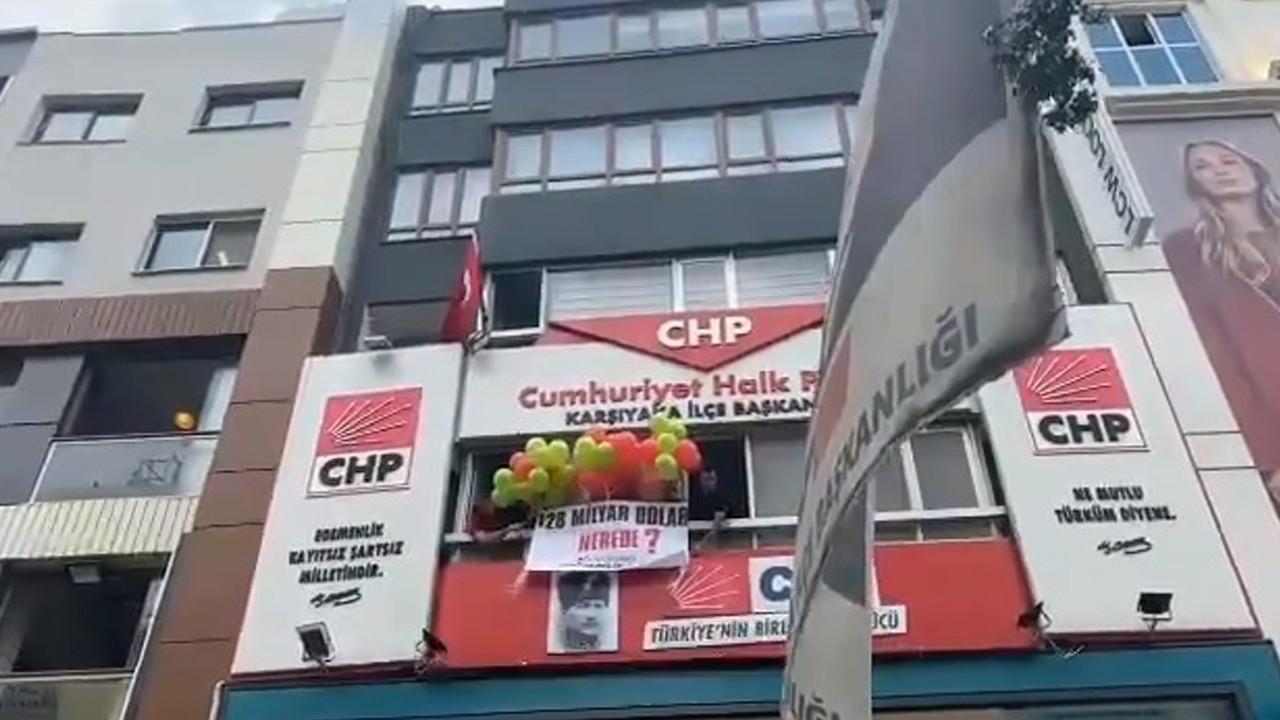 '128 milyar dolar nerede?' afişi asamayan CHP'den ilginç yöntem