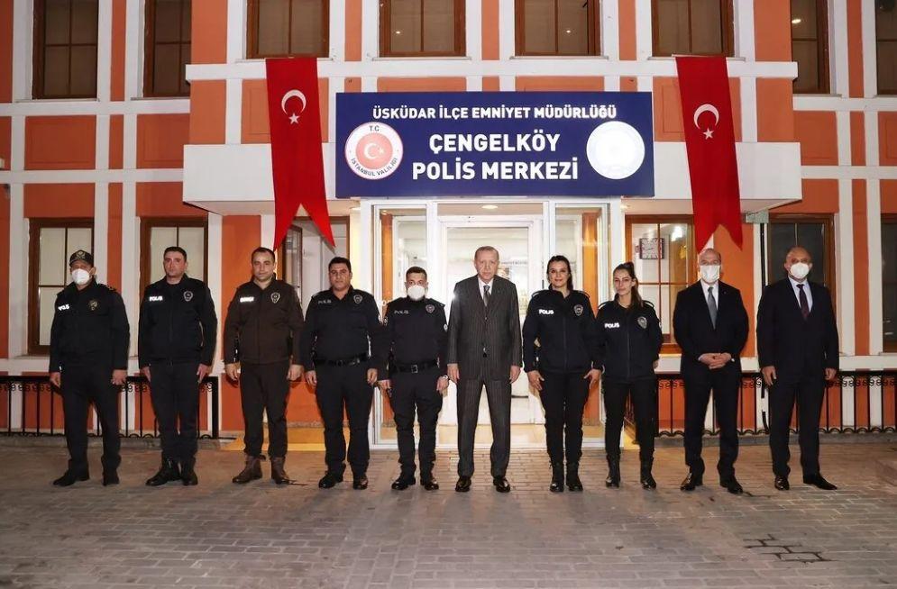 Erdoğan ve Soylu Polis Merkezi'nde iftar yaptı - Resim: 3