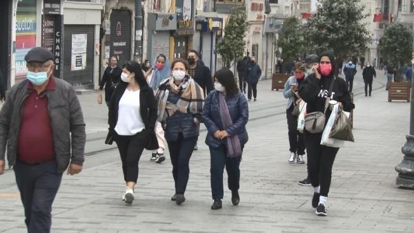 İstiklal Caddesi'nde turist yoğunluğu - Resim: 2