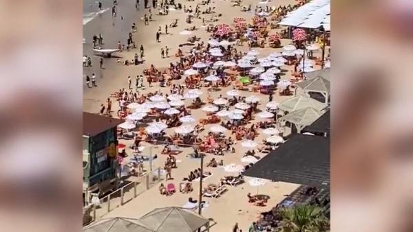 Maske yasağı kalktı, halk plajlara akın etti! - Resim: 3