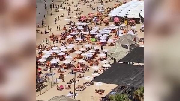 Maske yasağı kalktı, halk plajlara akın etti! - Resim: 2