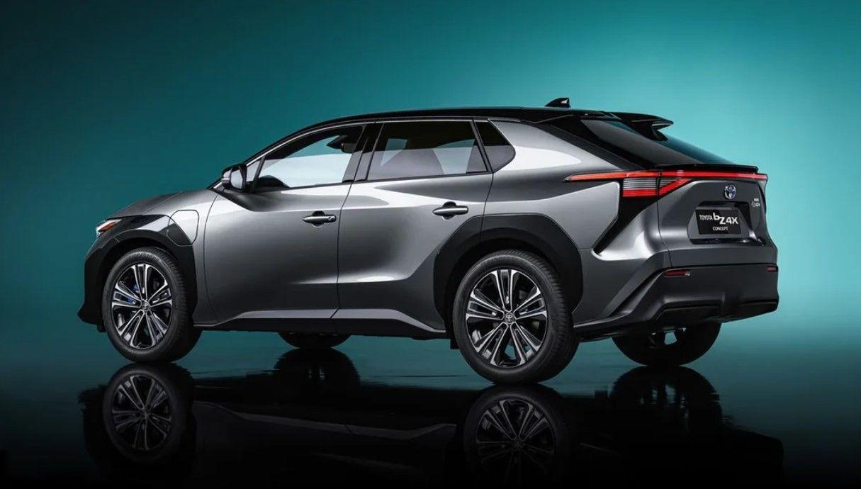 Toyota elektrikli C segmenti SUV modeli ile göz doldurdu! - Resim: 3