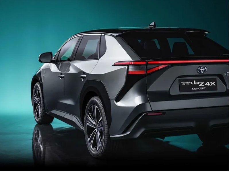 Toyota elektrikli C segmenti SUV modeli ile göz doldurdu! - Resim: 4
